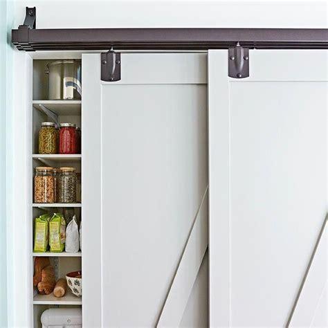 Bypass-Barn-Door-And-Bookshelf-Plans