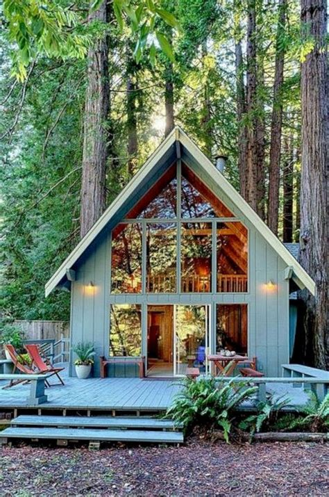 Cabin-With-Loft-House-Plans