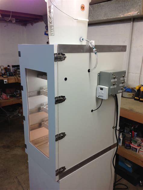 Cabinet-Chicken-Incubator-Plans