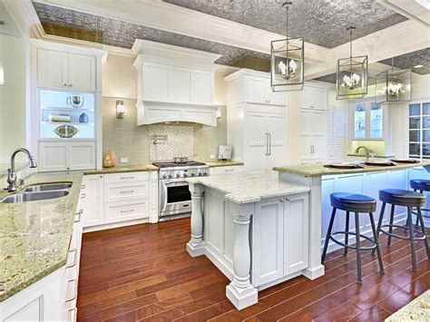 Cabinets-Furniture-Woodworks-Crown-Molding