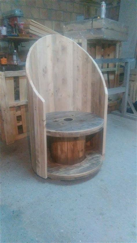 Cable-Spool-Chair-Plans