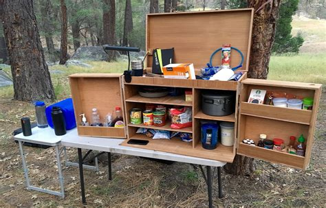 Camping-Kitchen-Box-Diy