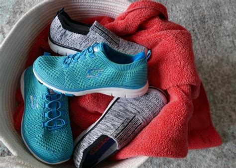 Can I Wash Skechers Sneakers In Washing Machine