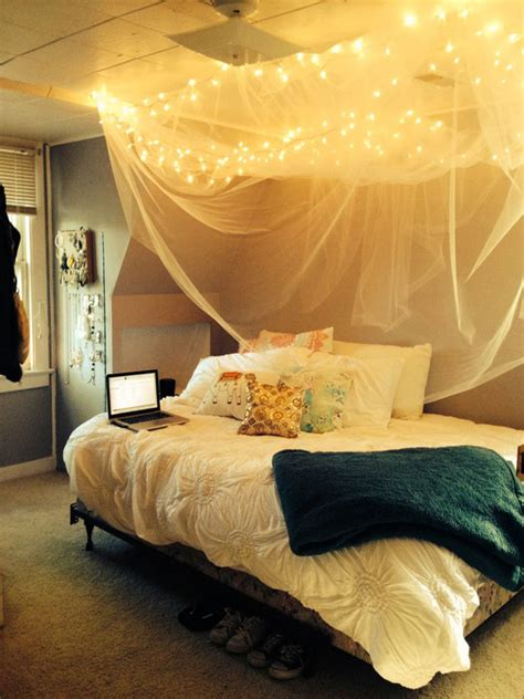 Canopy Bed Diy Dorm Decorations