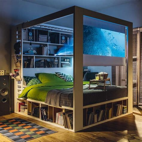 Canopy-Bed-With-Storage-Plans