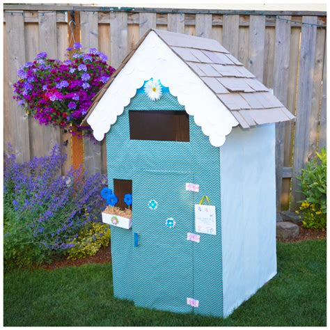 Cardboard-Playhouse-Diy