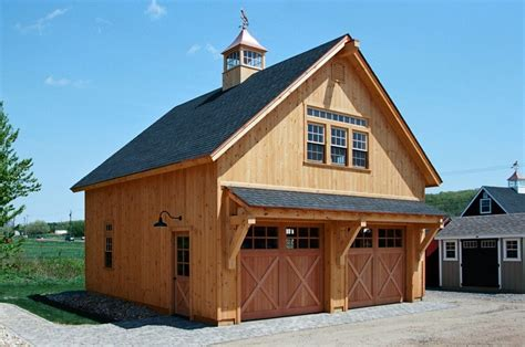 Carriage-Style-Shed-Plans