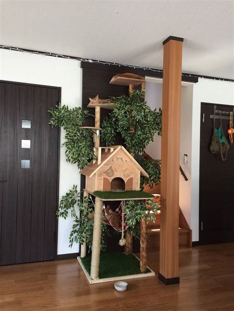 Cat Tower Scratching Post DIY