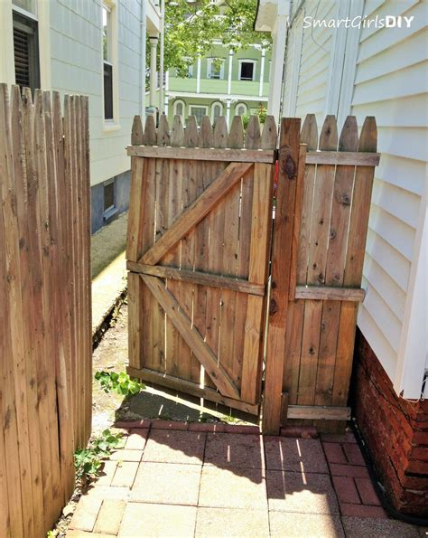 Cedar Fence Gate Construction