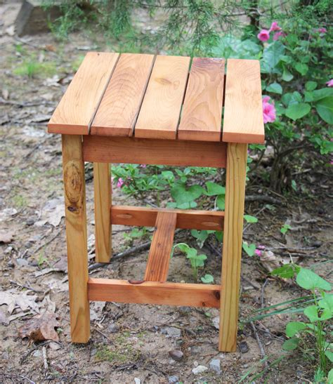 Cedar Side Table Plans