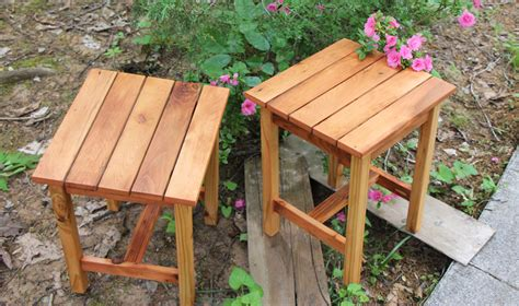 Cedar-End-Table-Diy