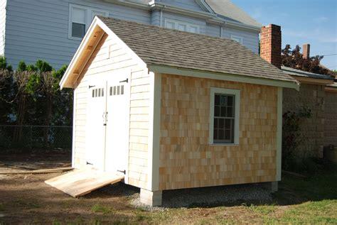 Cedar-Shingle-Siding-Storage-Shed-Plans