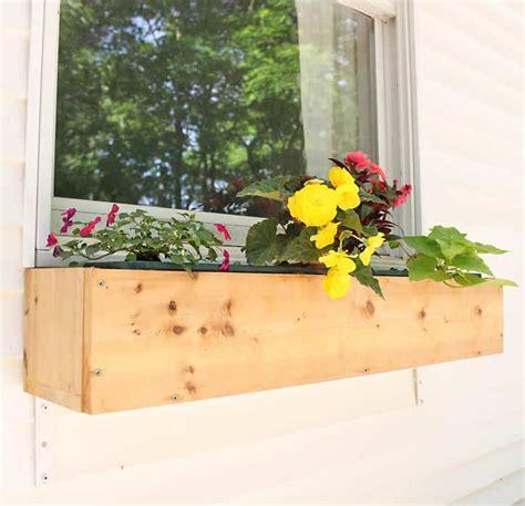 Cedar-Window-Box-Diy
