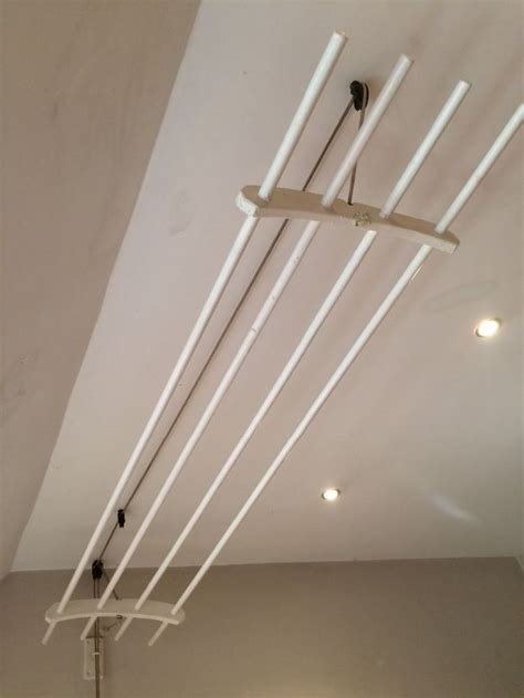 Ceiling-Mounted-Laundry-Drying-Rack-Diy