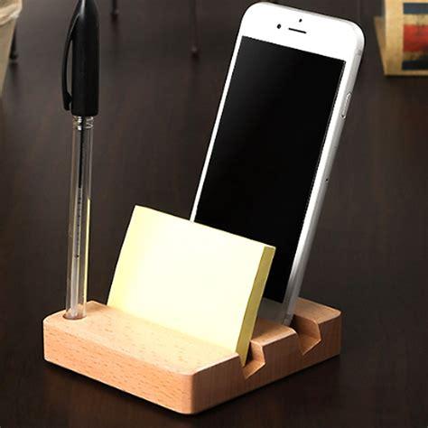 Cell-Phone-Holder-For-Desk-Diy