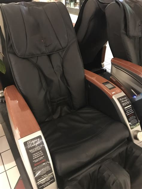 Chair Massage In The Mall Today Near Me
