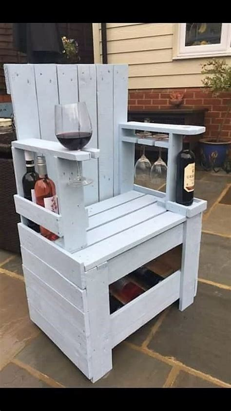 Chair-Plans-With-Wine-Holders