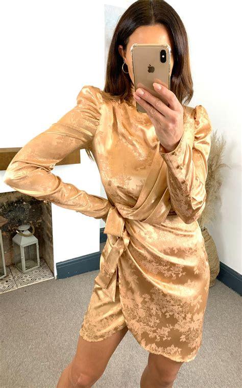 5e84d8658c3 💥 Lowprice Pretty Little Thing Champagne Satin Wrap Dress. Size 8 ...