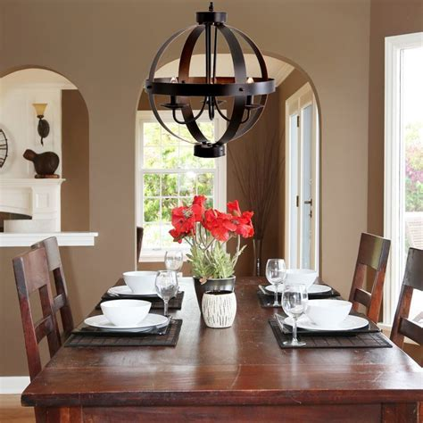 Chandelier-Over-Farmhouse-Table