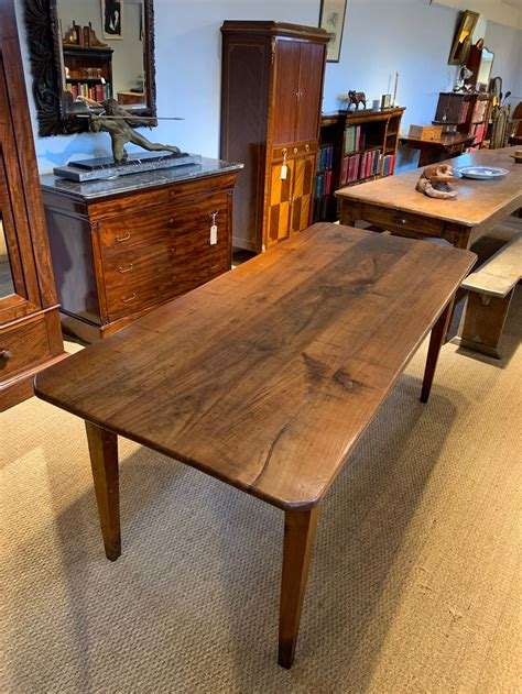 Cherry-Wood-Farmhouse-Table