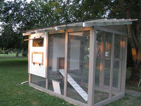 Chicken-Coop-Plans-For-7-Chickens