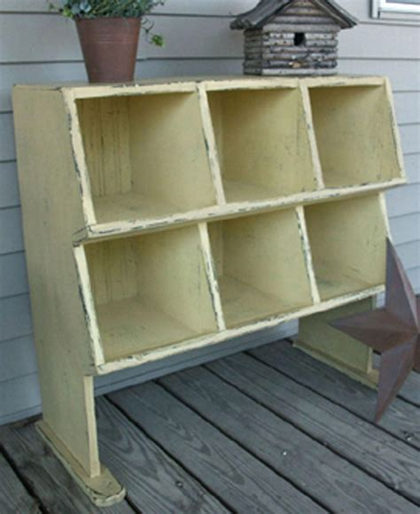 Chicken-Coop-Storage-Bins-Plans