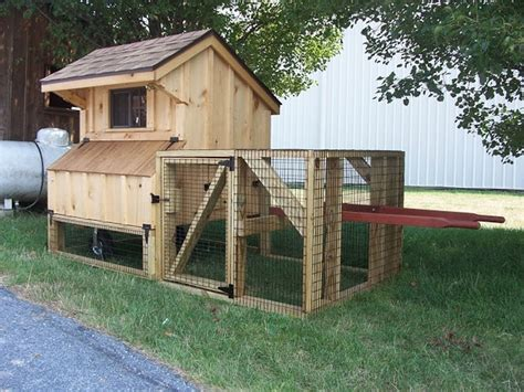 Chicken-Coop-With-Roof-Plans