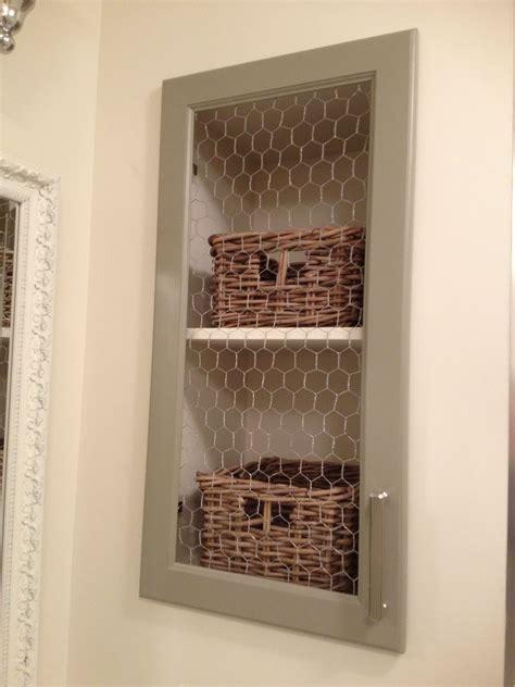 Chicken-Wire-Cabinet-Doors-Diy