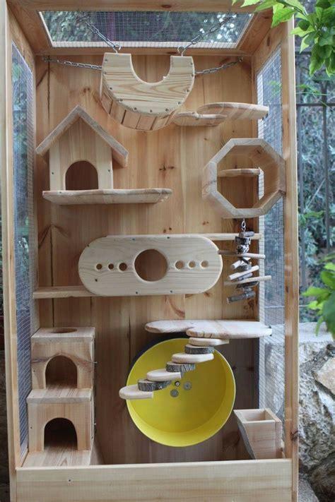 Chinchilla-Wood-House-Plans