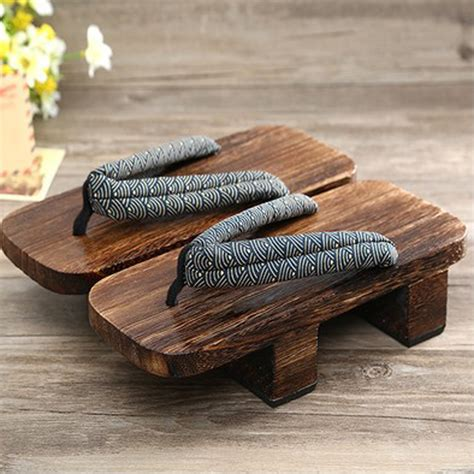 Chinese Wooden Shoes Name