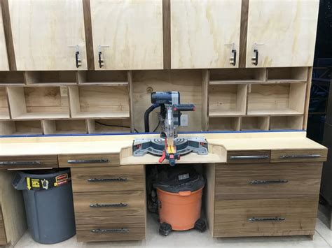 Chop-Saw-Station-King-Woodworking-Plans