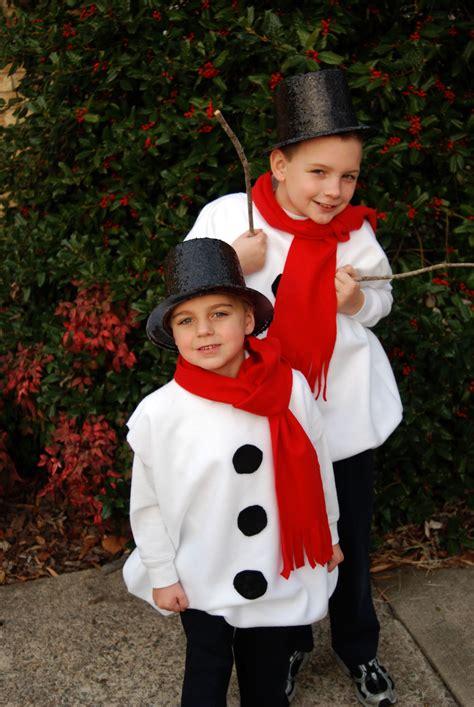 Christmas-Characters-Costumes-Diy