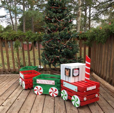 Christmas-Crate-Train-Diy