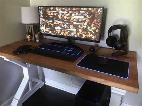 Chroma-Desk-Diy