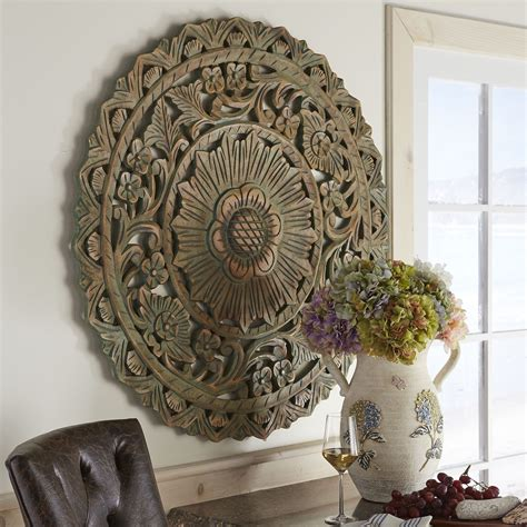 Circle-Wood-Wall-Hanging-Diy-Pinterest-Floral
