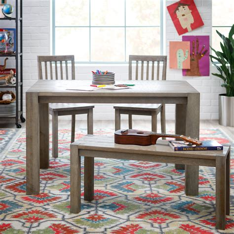 Classic-Playtime-Juvenile-Farmhouse-Table