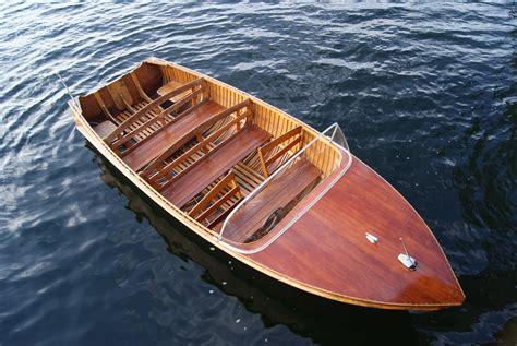 Classic-Woodwork-Boat