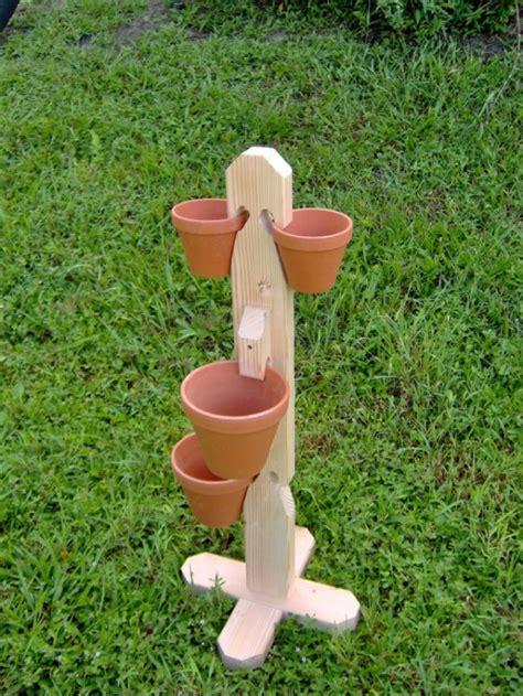 Clay-Pot-Holder-Plans