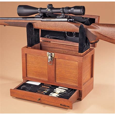 Cleaning-Rifle-Woodwork