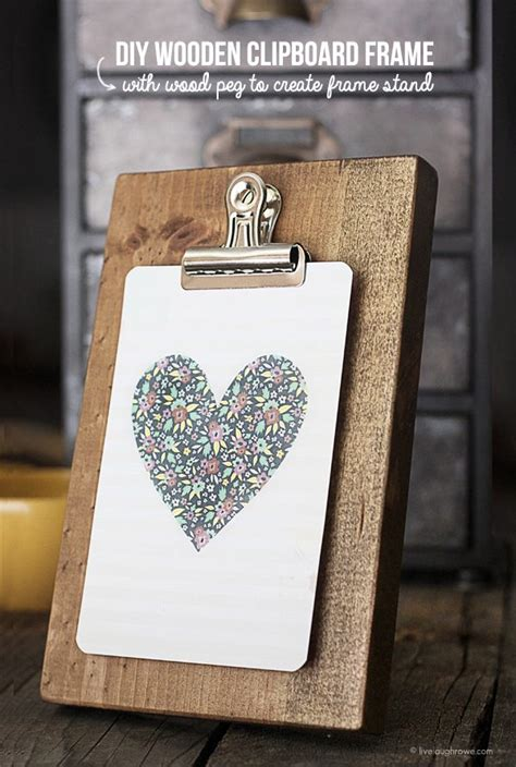 Clipboard Picture Frame DIY