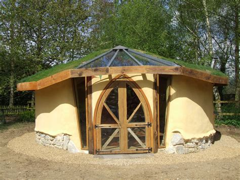 Cob-Garden-Shed-Plans
