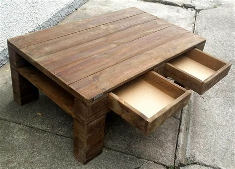 Coffee-Table-With-Drawers-Diy