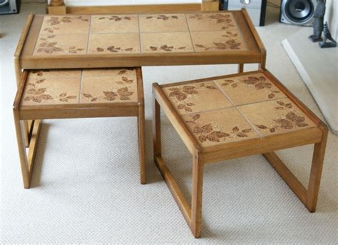 Coffee-Table-With-Tile-Top-Wood-Plans