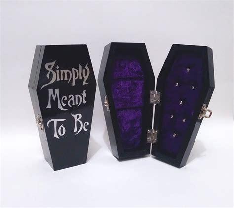 Coffin-Ring-Box-Diy