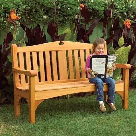 Comfy Classic Garden Bench Woodworking Plan