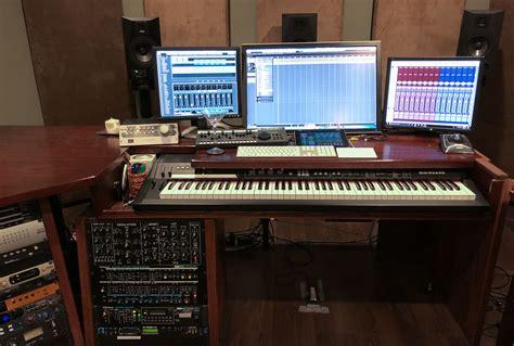 Composer-Desk-Plans