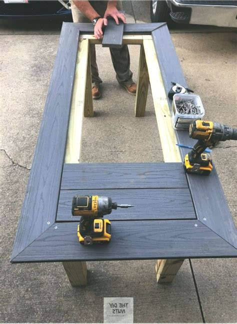 Composit-Outdoor-Table-Project-Plans