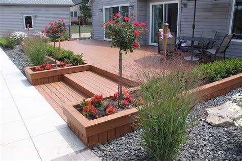 Composite-Decking-Planter-Box-Plans