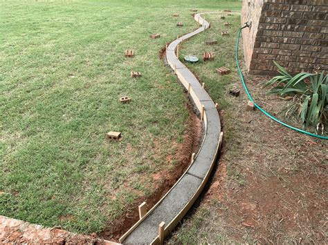Concrete Flower Bed Edging Diy Room