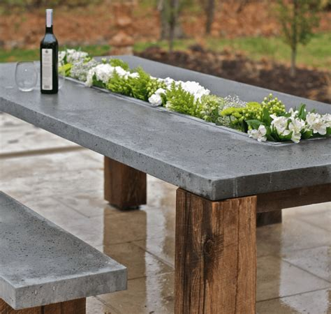 Concrete Outdoor Dining Table DIY